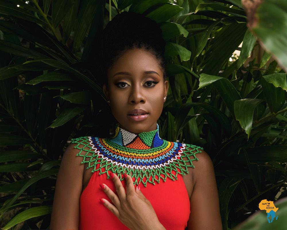 South African Jewelry Empress Zulu Handbeaded Necklace